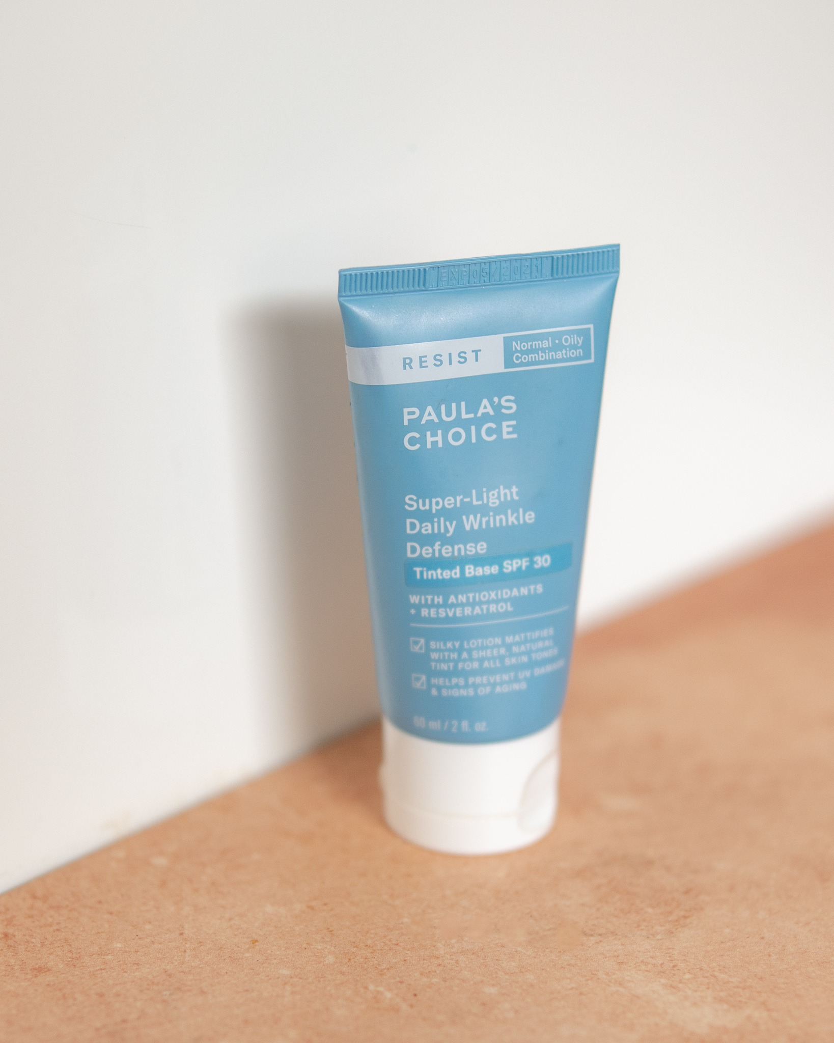 paula's choice super-light wrinkle defense spf30 zinc sunscreen